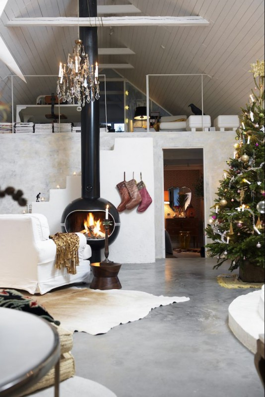 15 Ways to Make Your Living Room Chic For Christmas