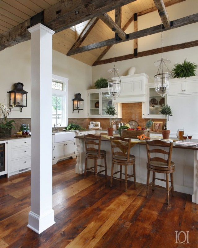 25 Breathtaking Vaulted Ceiling Kitchens