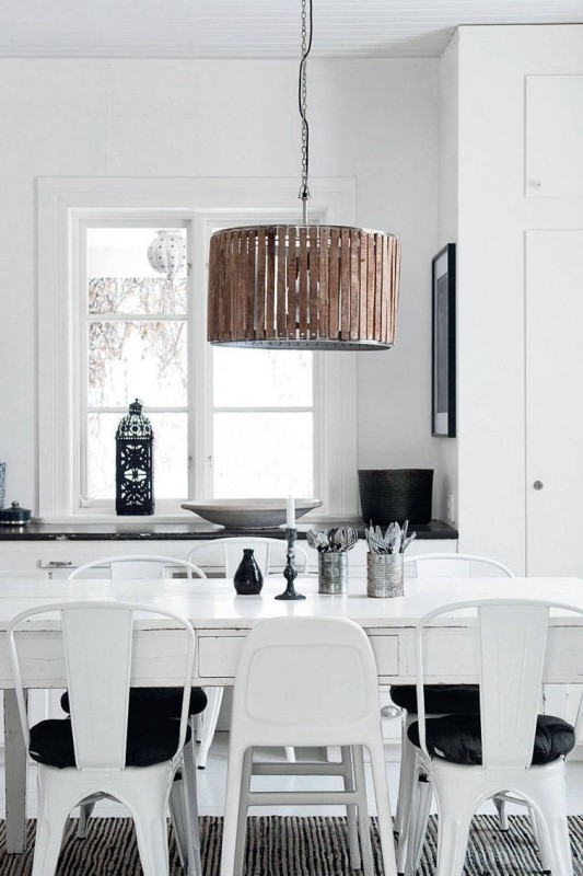 Inspiring Ideas for Crafting a Classic Black and White Kitchen