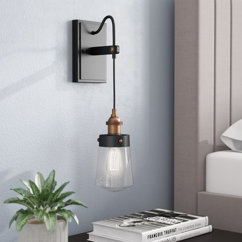 Poplar Alayna 1-Light Armed Sconce