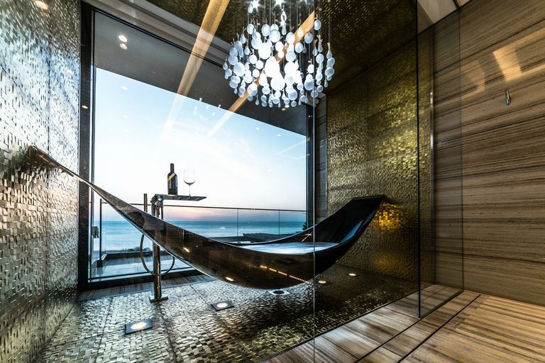 This Hammock Bathtub Is Unlike Anything You've Ever Seen Before